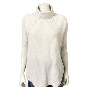 Sweet Romeo | Gray Hi Low Turtleneck Sweater Sz-M
